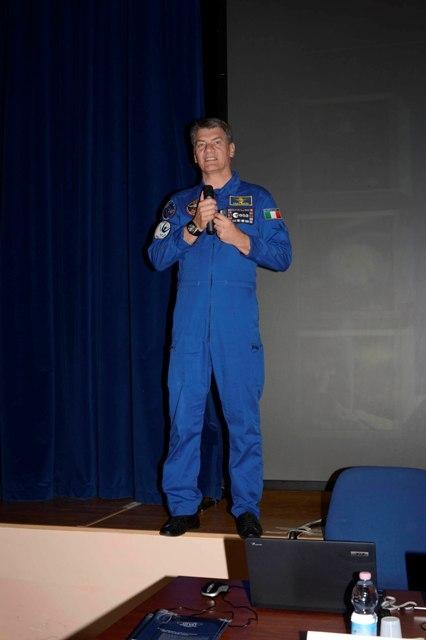 L'astronauta Paolo Nespoli